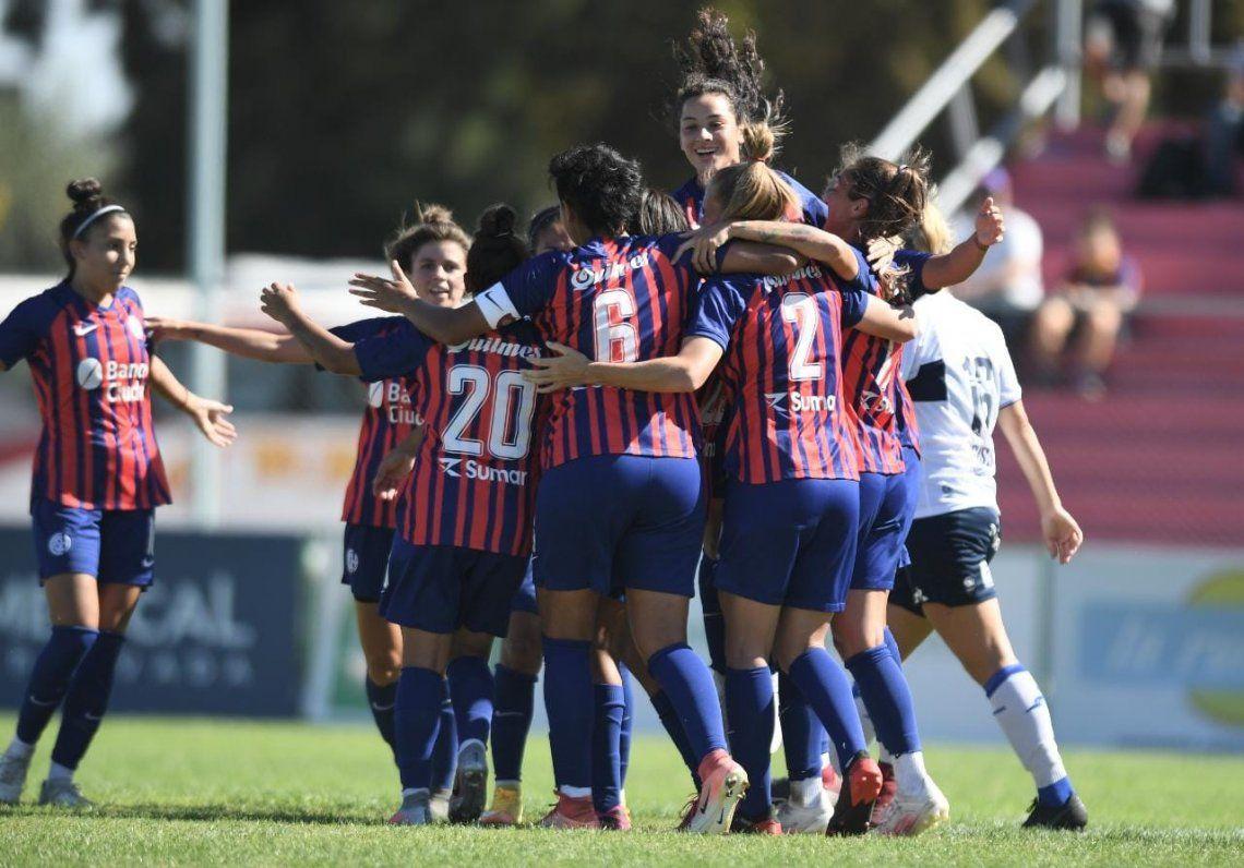 Goleada de San Lorenzo en fútbol femenino