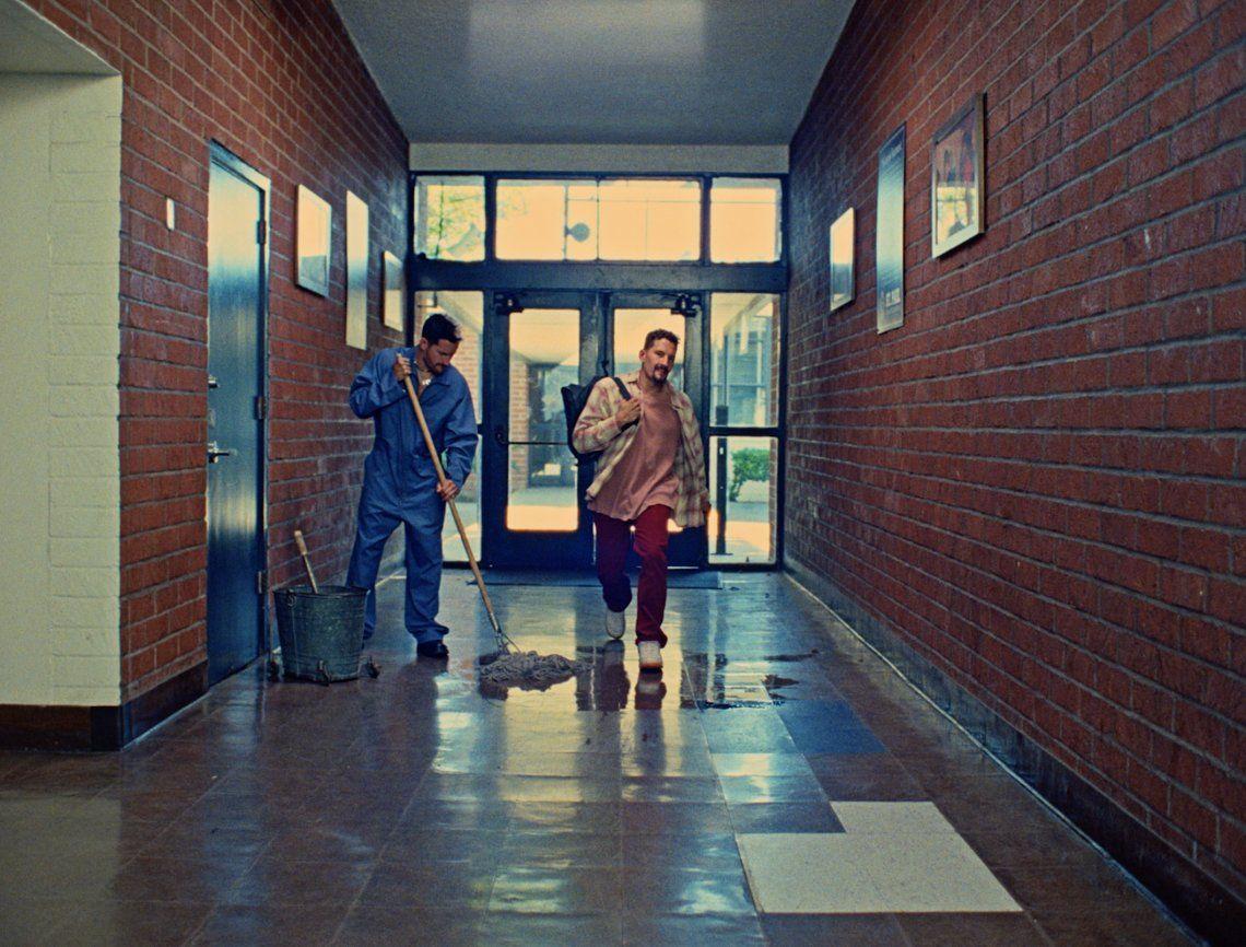 Maur y Ricky en el video de Fresh.