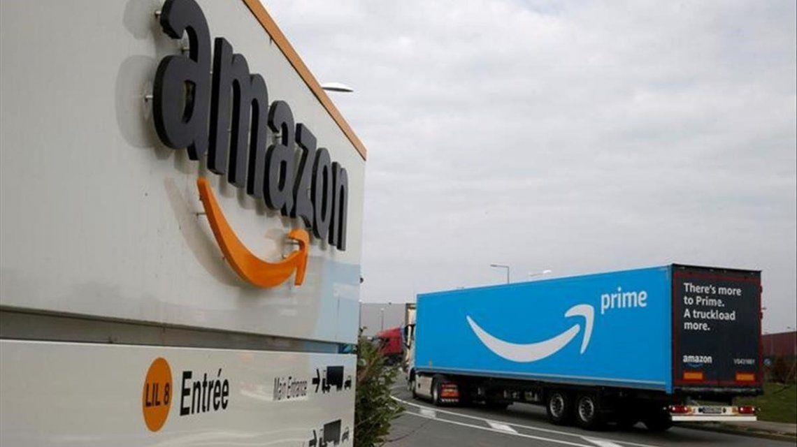 Amazon, salpicado por el escándalo tras el destape de red de reviews falsas