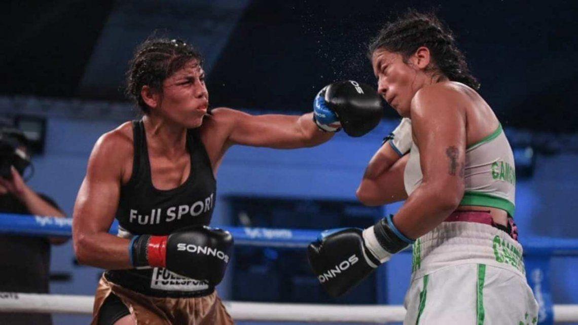Boxeo: Paola Benavídez no pudo arrebartle el tíitulo a Yamila Abellaneda