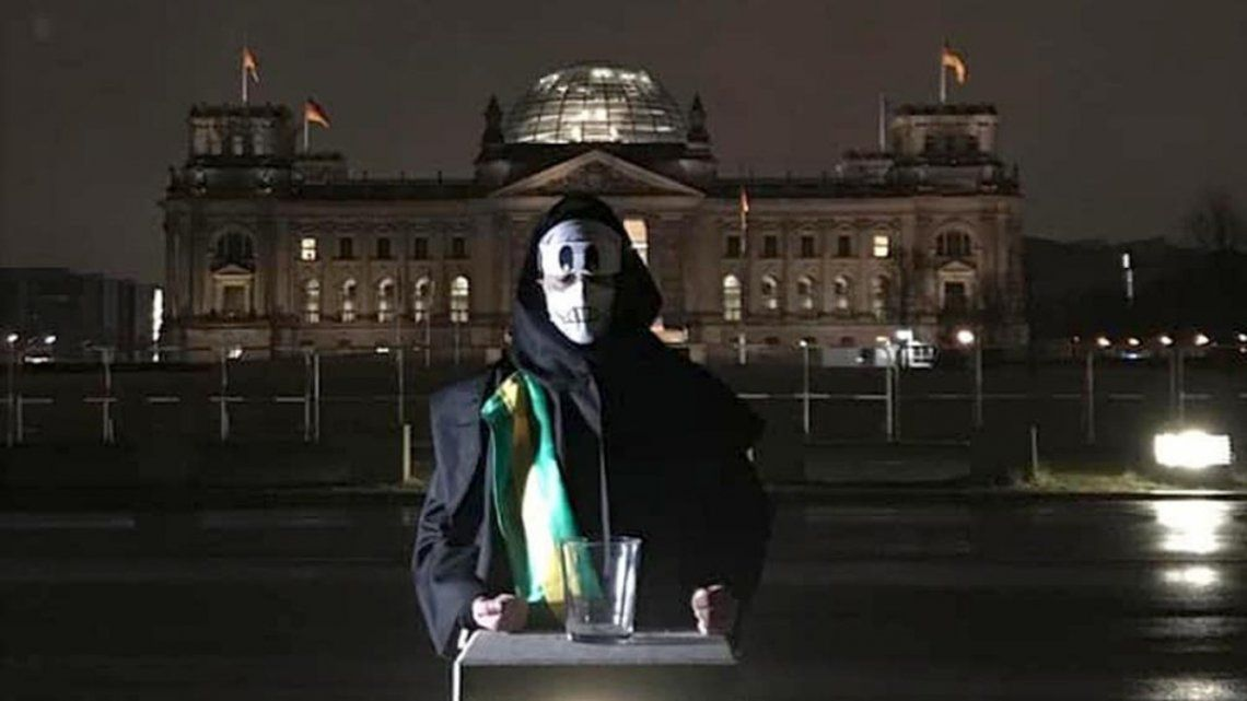 Puetter es oriundo de Río de Janeiro y residente en Berlín.