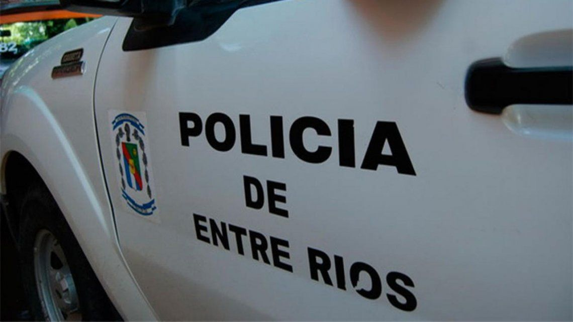 La Justicia de Entre Ríos condenó a un policía que le ordenó a una agente que vaya a trabajar en minifalda y colaless