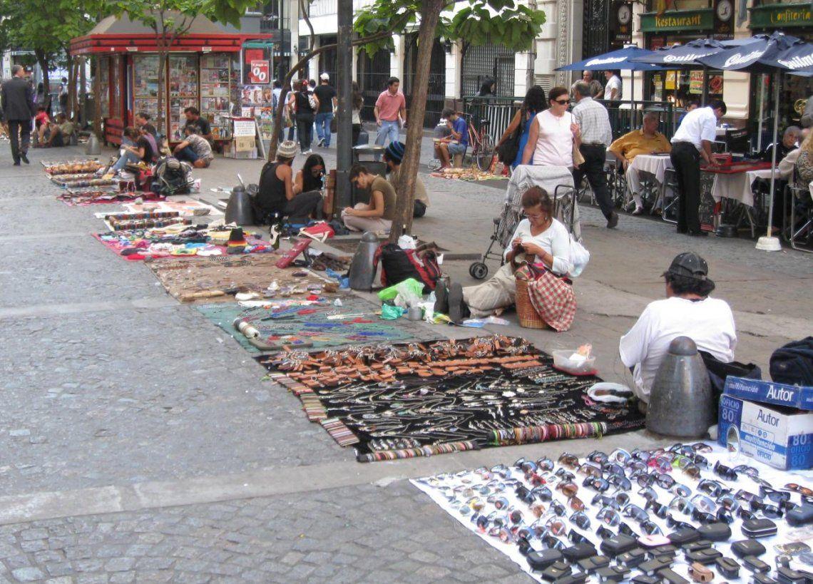 En Once se encuentra casi el 70% de la venta ilegal callejera.