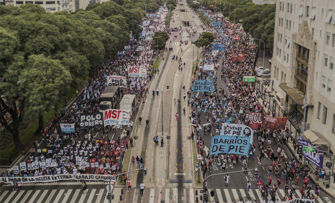 Organizaciones sociales marcharon en la Ciudad.