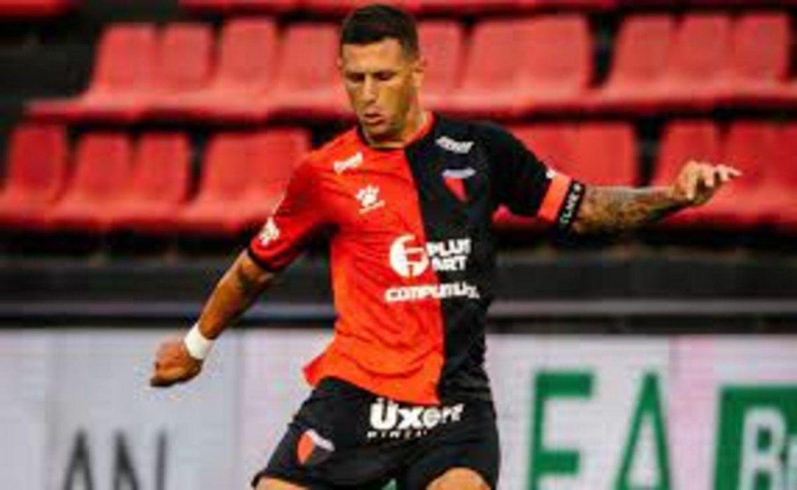 Bianchi fue titular en algunos partidos y es cambio habitual en Colón.