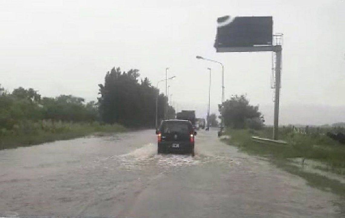 Santa Fe: Corte de rutas por intensas lluvias