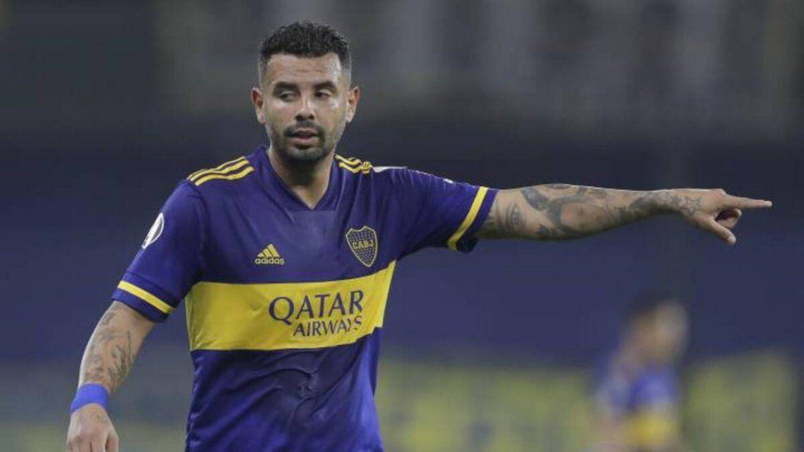 Edwin Cardona vuelve a la titularidad en Boca tras recuperarse de una lesión muscular