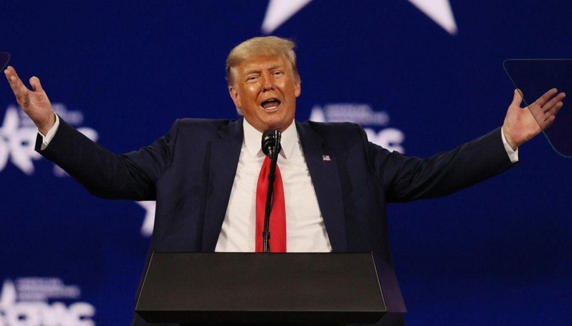 Donlad Trump seguirá vetado de Facebook e Instagram