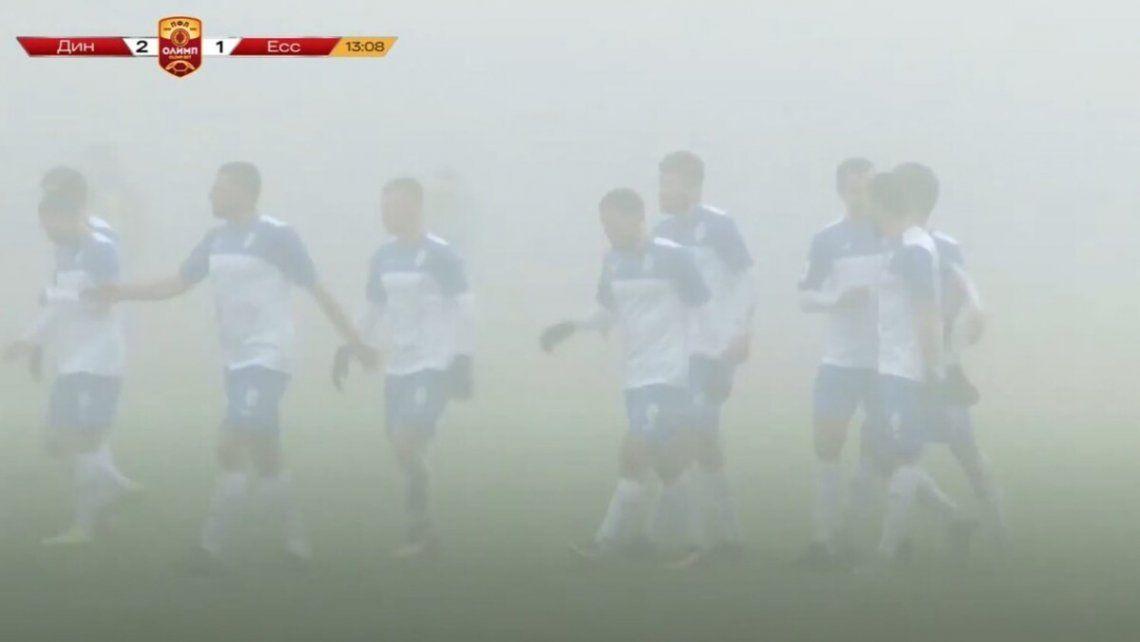 No suspenden un partido en Rusia a pesar de la terrible niebla