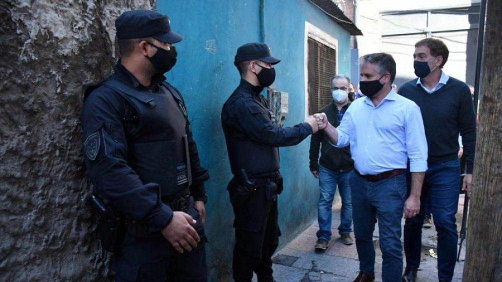 Zavaleta: desarticularon bandas que vendían droga.