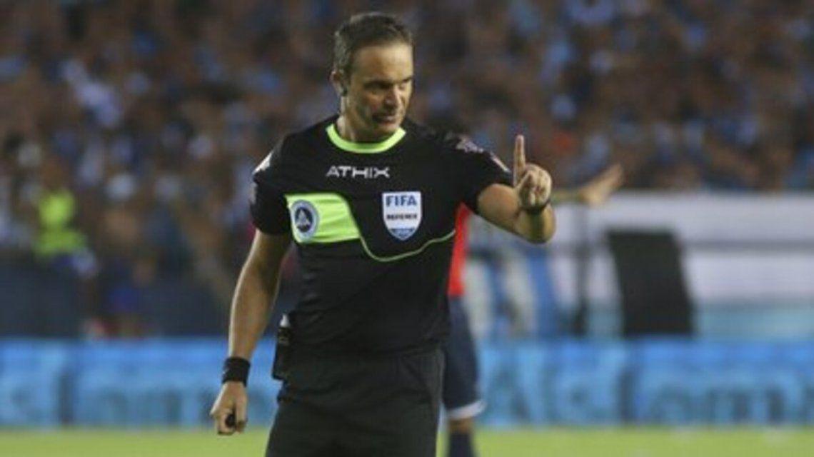 Árbitros designados para dirigir los partidos de la Copa Libertadores 2021.