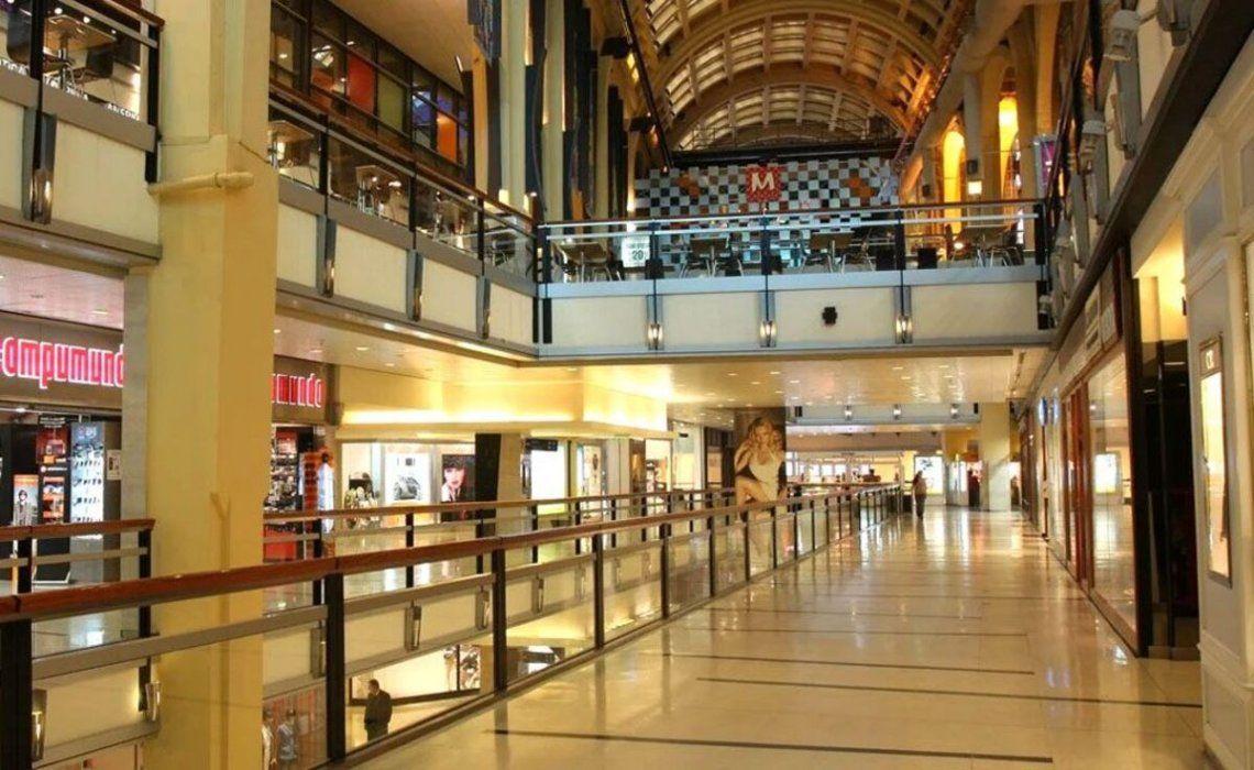 Los shoppings advirtieron sobre las pérdidas de empleos y empresas.