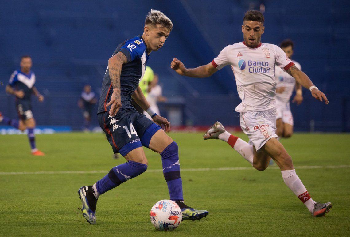 Vélez pegó en los momentos justos y acaricia la clasificación a cuartos de final