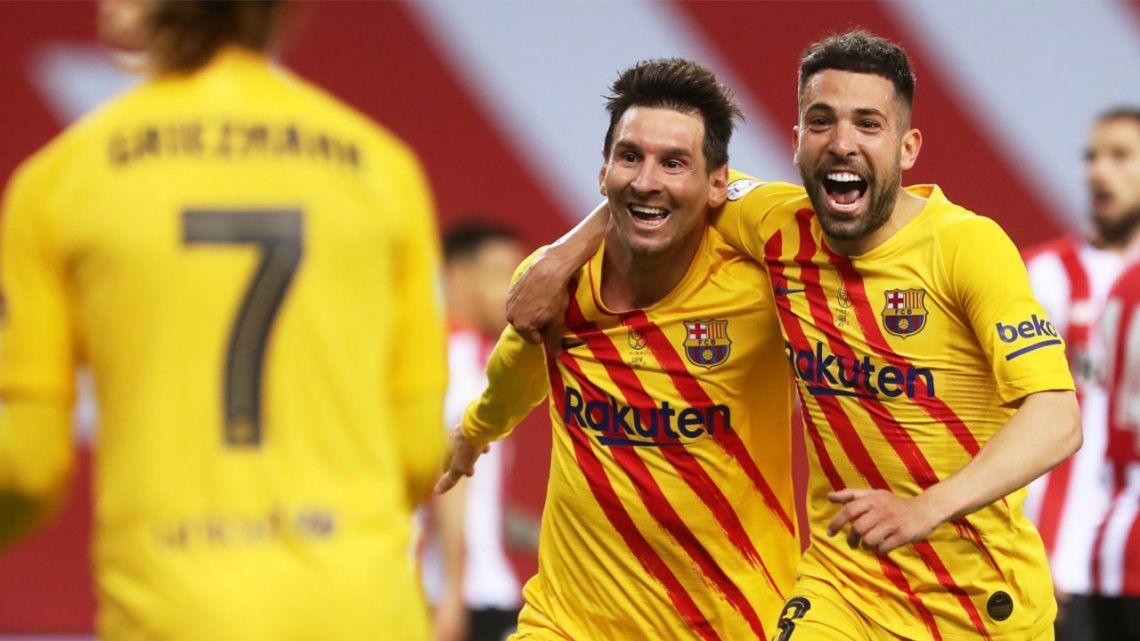 Con dos goles de Lionel Messi