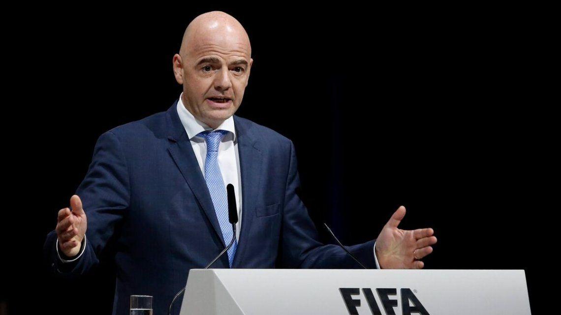 La FIFA se mostró del lado de la UEFA por la creación de la Superliga.