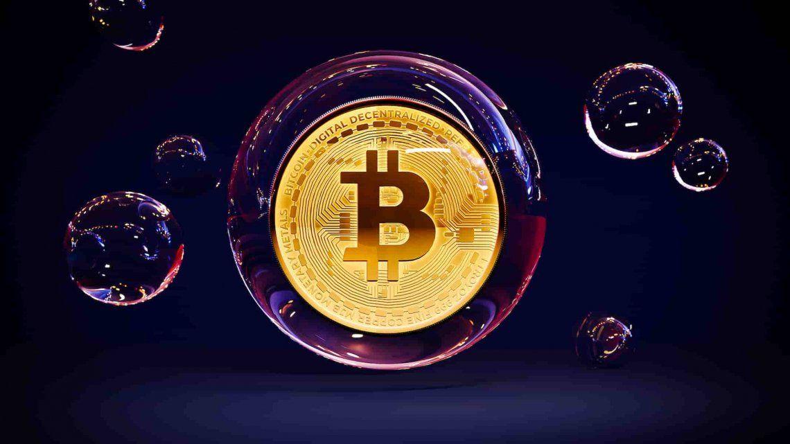 Bitcoin y un fin de semana movido: desplome y alarmas
