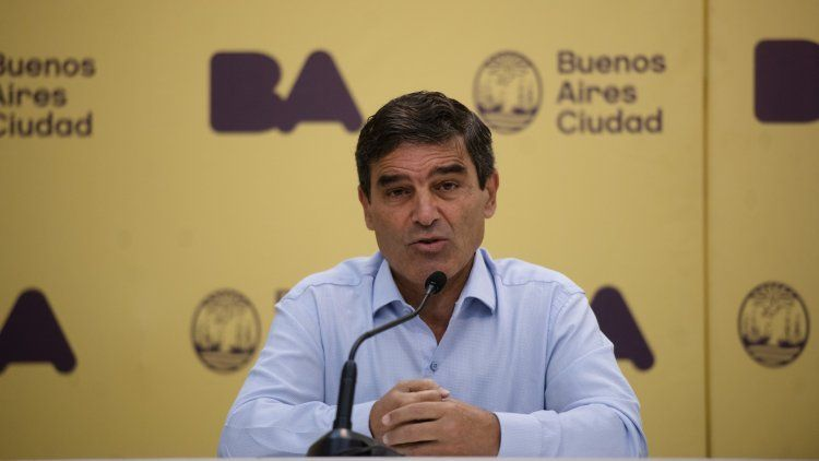 El ministro de Salud de la Ciudad, Fernán Quirós lo anunció hoy en la conferencia de prensa sobre la situación sanitaria.
