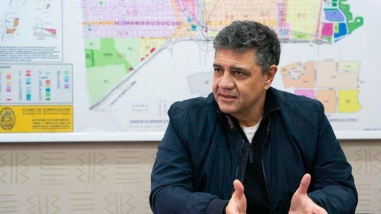 El intendente de Vicente López pretendía mantener las escuelas abiertas.