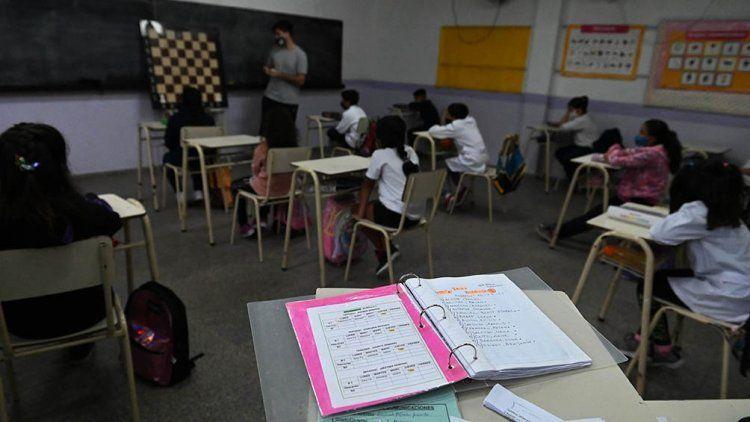 Provincia: suspenden clases presenciales en seis distritos.