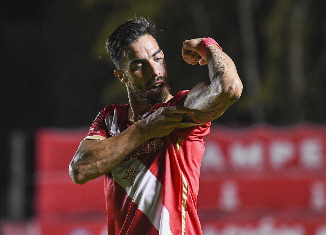 Gabriel Ávalos marcóel primero de Argentinos Juniors