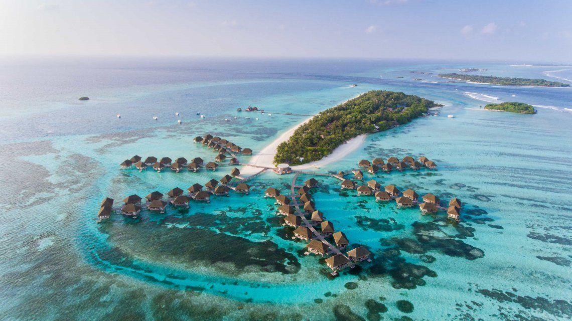 Isla paradisíaca ofrece vacunas a sus visitantes para incentivar el turismo
