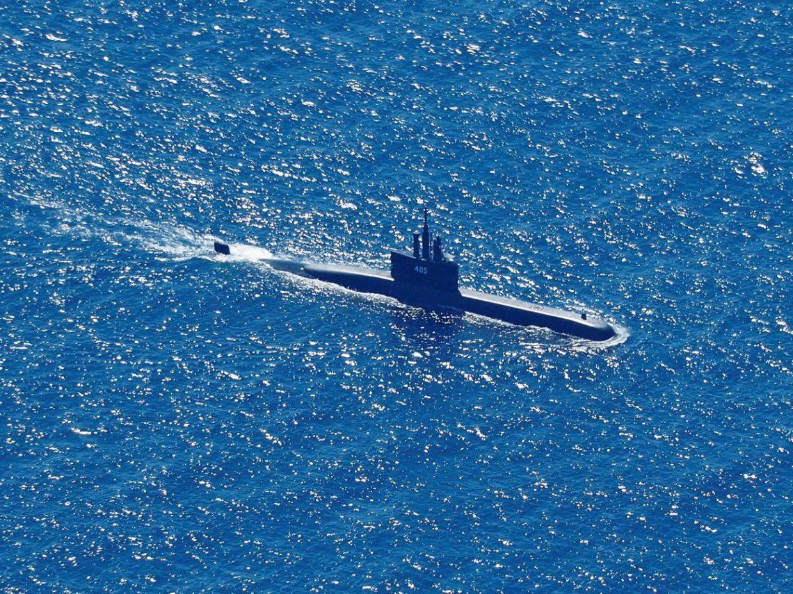 Indonesia acelera en la búsqueda del submarino desaparecido