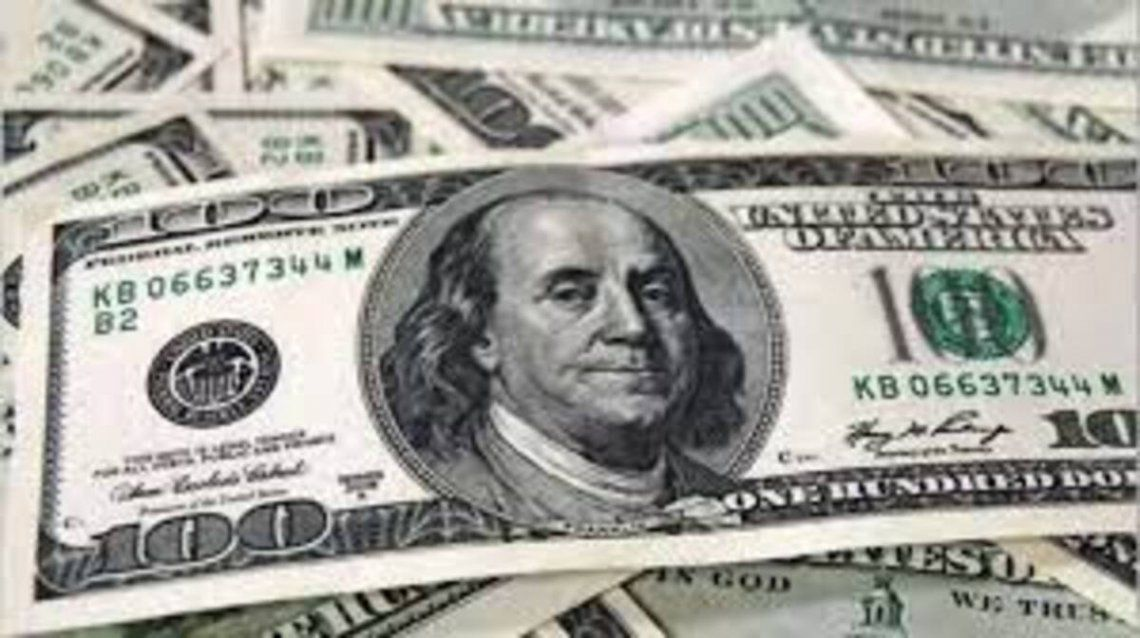 El dólar blue tuvo la mayor suba diaria y semanal del año.