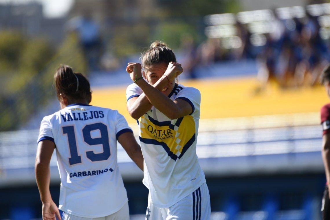 Boca goleó y es lider de su zona en el torneo de fútbol femenino