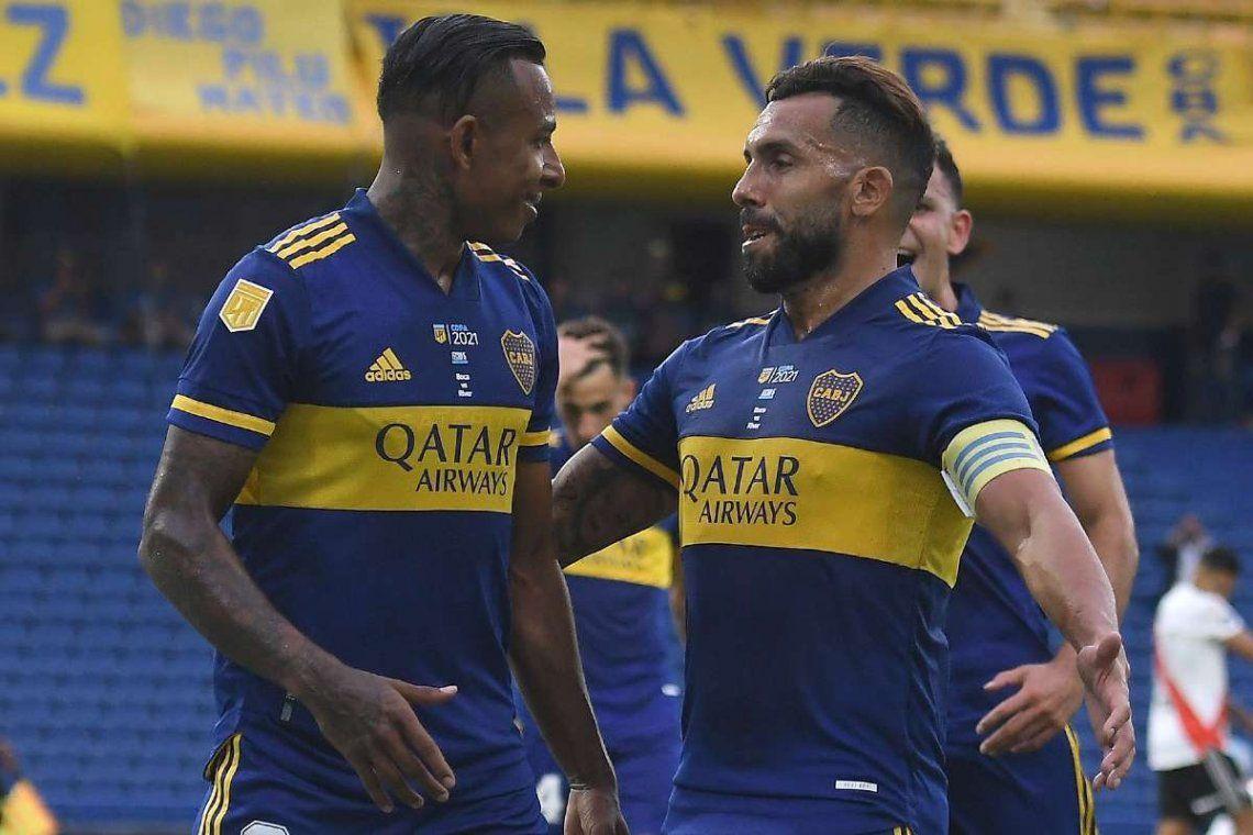 Carlos Tevez vuelve a la titularidad en Boca Juniors