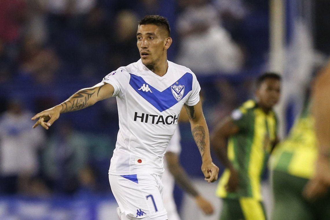 Ricardo Centurión será titular en Vélez frente a Lanús