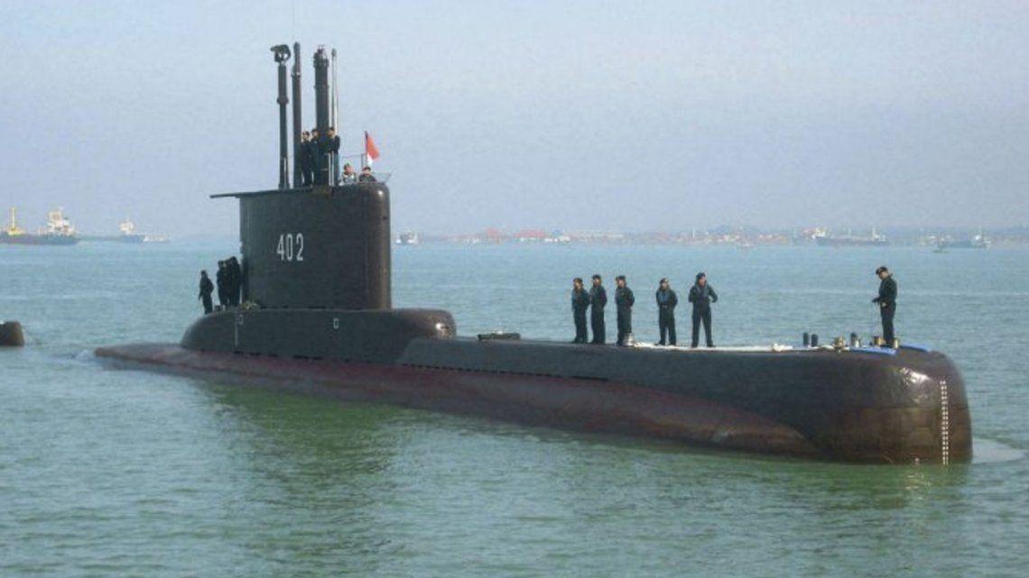 Indonesia: hallan restos del submarino desparecido