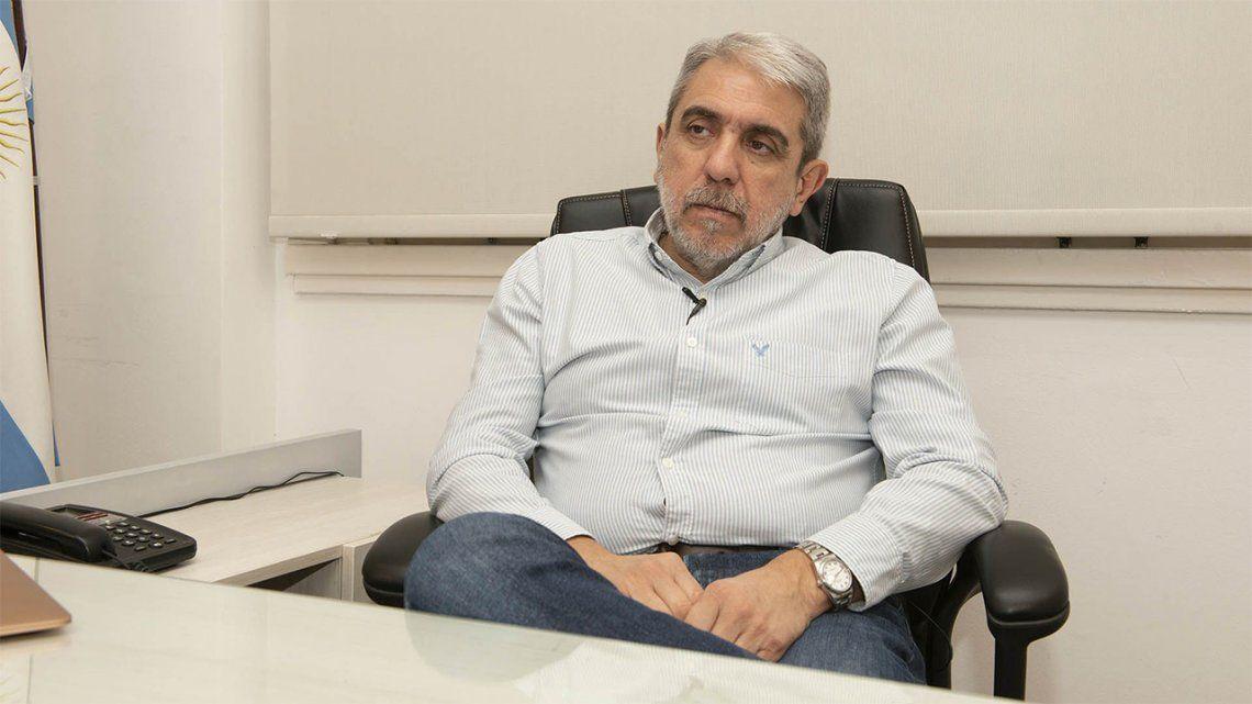 Aníbal Fernández fue elegido como presidente de la Confederación Argentina de Hockey.