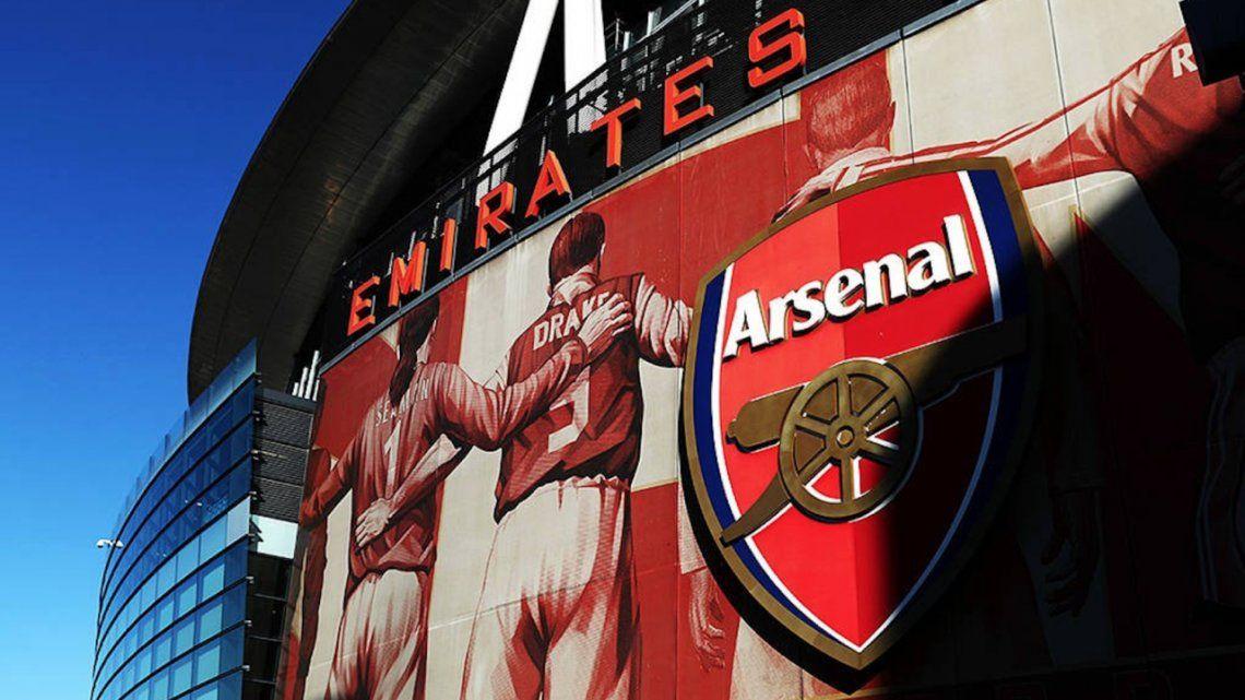 Crisis en el Arsenal: tres ídolos y el dueño de Spotify quieren comprar el club inglés