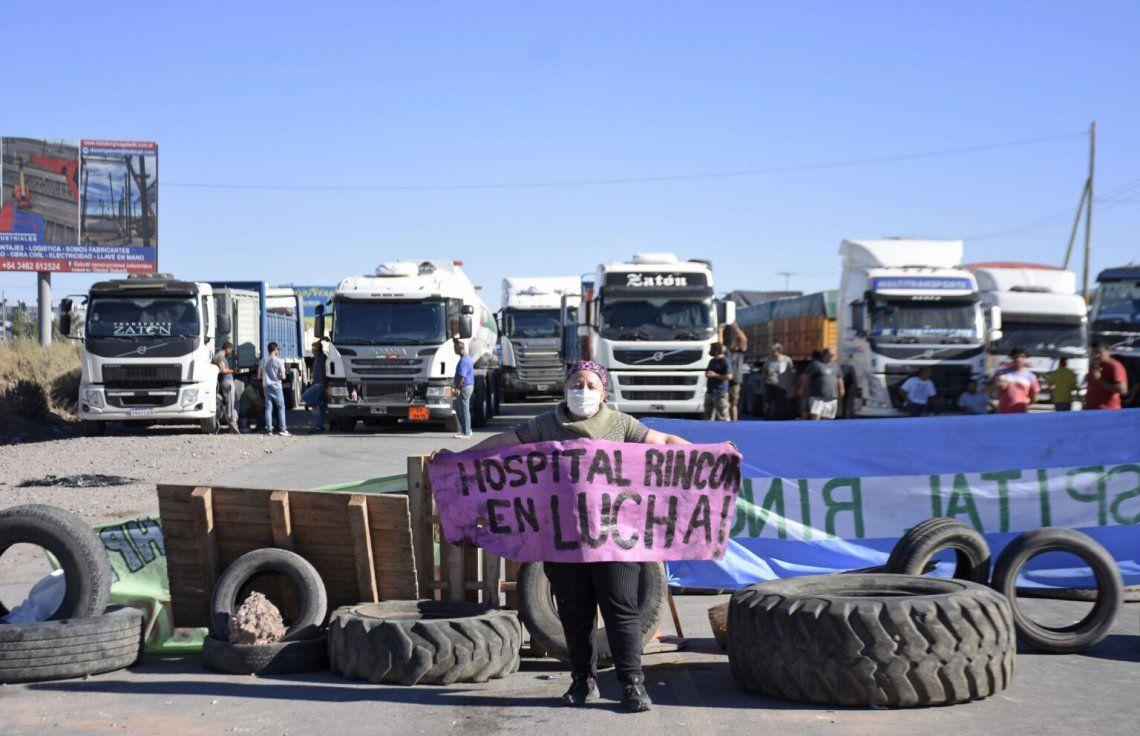 Los trabajadores de la Salud de Neuquén llevan 55 días de paro exigiendo un aumento de sueldo.
