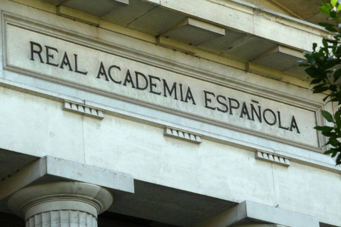 La Real Academia Española (RAE) agregó más de dos mil 500 palabras al diccionario