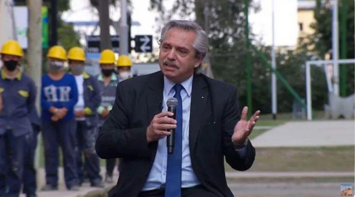 El presidente encabezó el acto de entrega de viviendas en el barrio Saladita de Avellaneda.