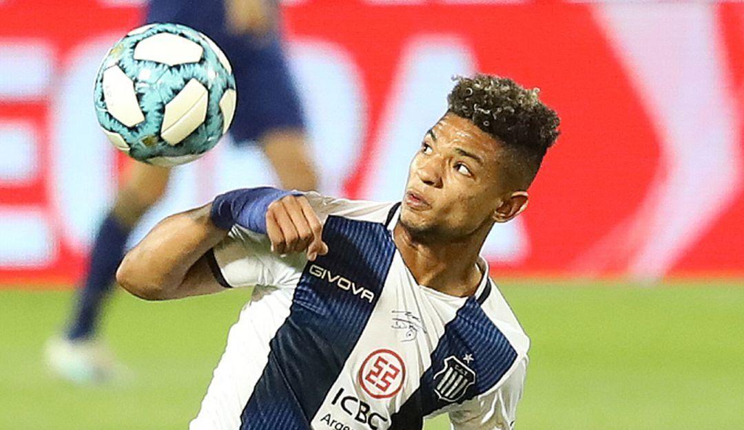 Diego Valoyes sería titular en Talleres frente al Tolima