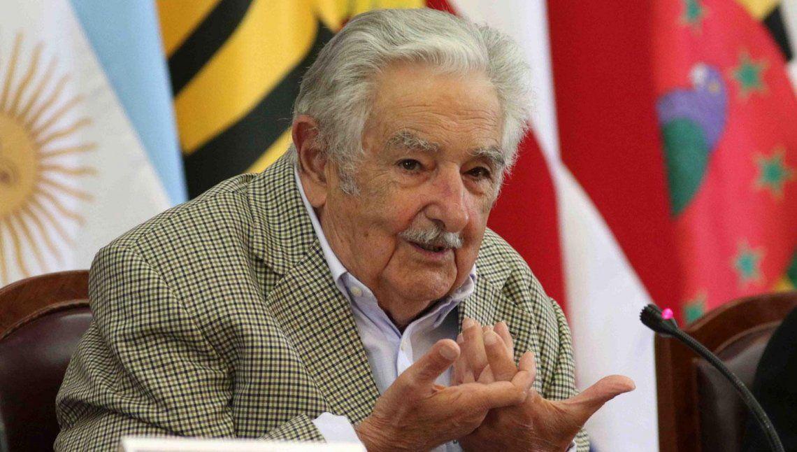 José Pepe Mujica fue intervenido quirúrgicamente con éxito.