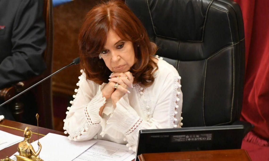 El mensaje de Cristina Kirchner a Esteban Bullrich, que reveló que sufre ELA