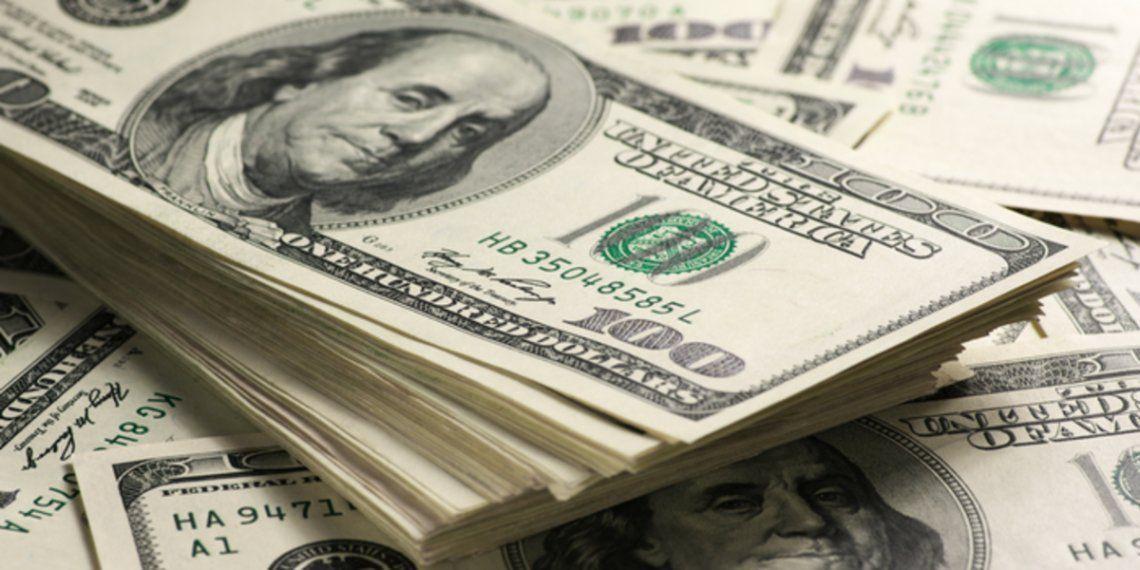 El dólar blue cerró a $154.