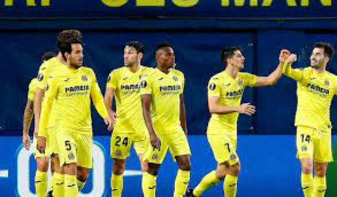 Villarreal le ganó 2-1 al Arsenal en el partido de ida de la Europa League.