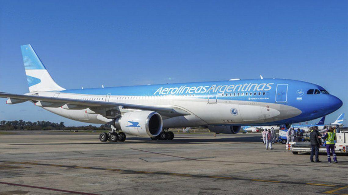Aerolíneas Argentinas suspende vuelos a Brasil