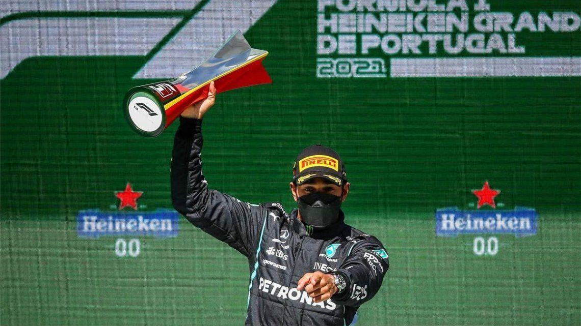 El británico Hamilton lidera el campeonato de la Fórmula 1 con 69 puntos.