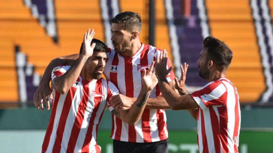 Estudiantes buscará abrochar ante Platense su pase a los cuartos de final de la Copa de la Liga Profresional.