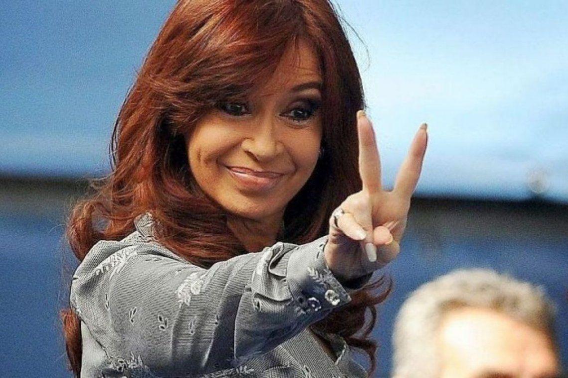 Cristina Kirchner destacó los anuncios de Biden y le pegó a Macri