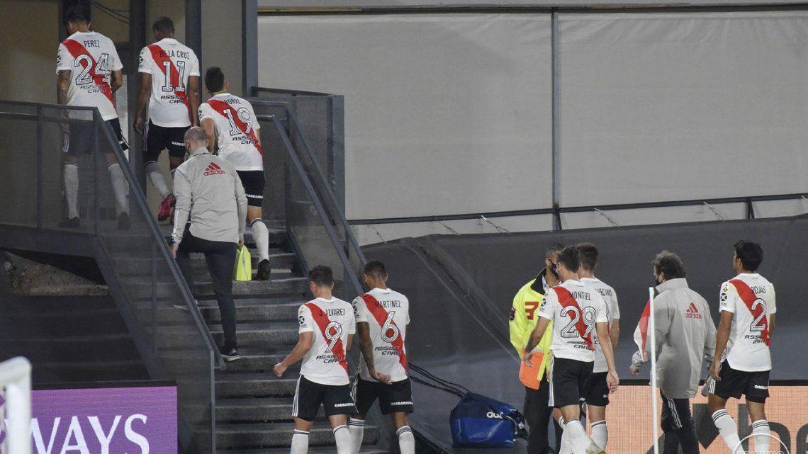 Se suspende Independiente Santa Fe - River por la situación en Colombia.