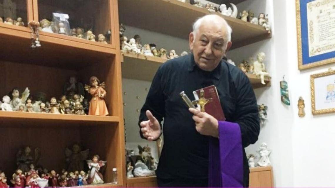 El exorcista Vincenzo Taraborelli recomendado por Jorge Asís