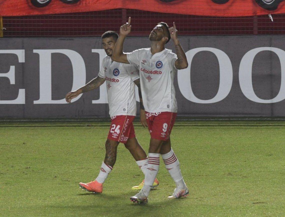 Argentinos Juniors viaja a Paraguay en busca de un nuevo triunfo