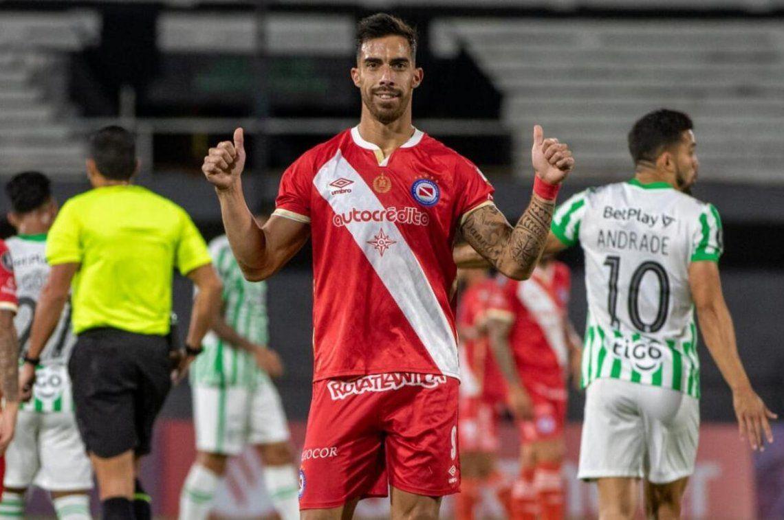 Argentinos Juniors ganó y sigue invicto dentro de la Copa Libertadores.