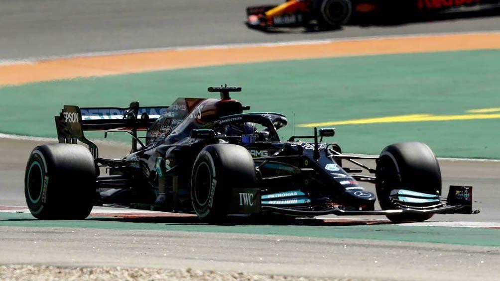 Lewis Hamilton fue el más veloz en Barcelona